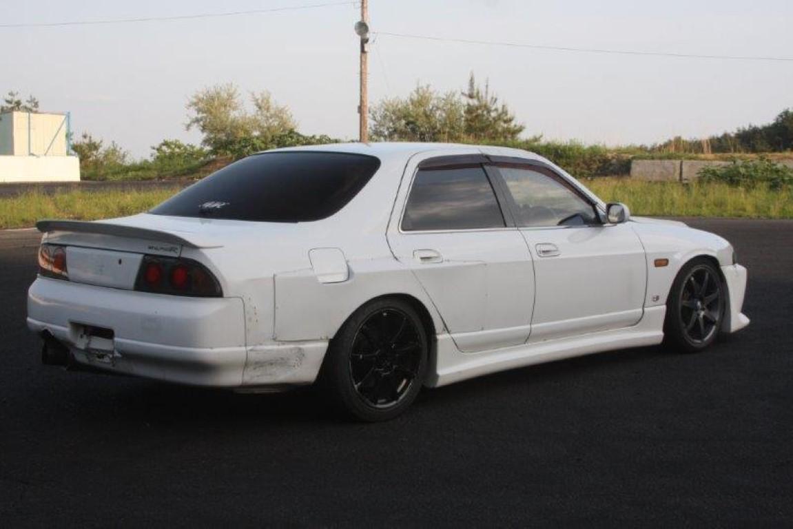 Nissan Skyline R33 4 Door Impul Version