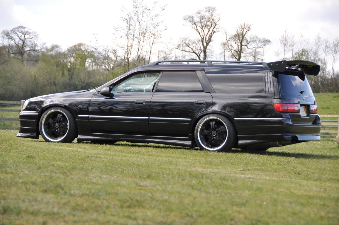 Nissan Stagea RWD - Jap Imports UK