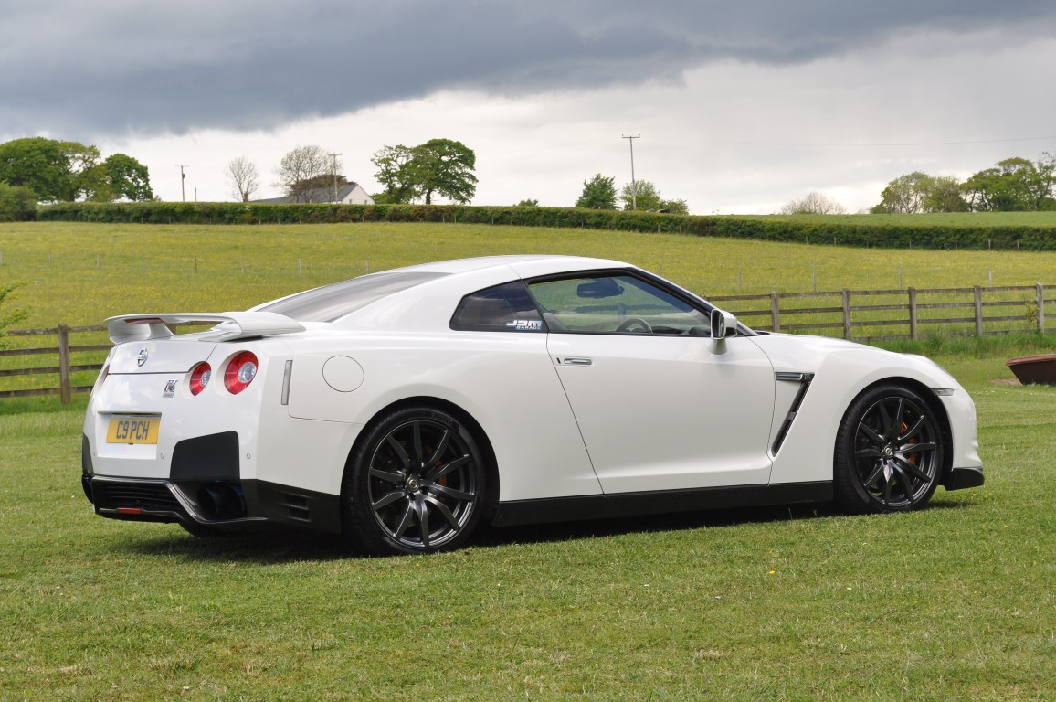 nissan r35 gtr jap imports uk. Black Bedroom Furniture Sets. Home Design Ideas